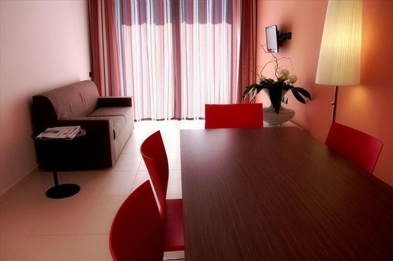 Prenota Le Terrazze Hotel & Residence Lancenigo-Villorba - Looking ...